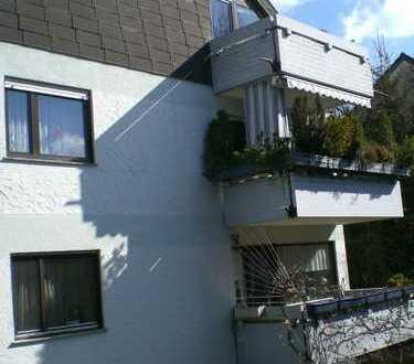 Gepflegte 3-Zimmer-Wohnung mit Balkon und EBK in Riedenberg