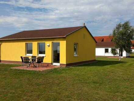 eigenes Haus: 3 Räume, Einbauküche
