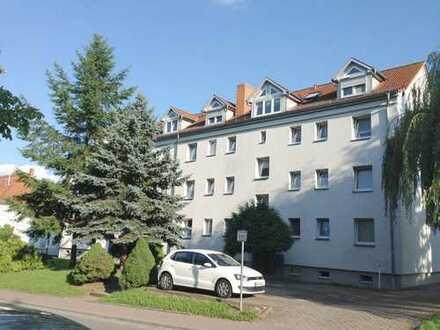 3-Raum-Wohnung mit Balkon in Bad Salzungen 390 EUR kalt, Einbauküche, Parkplatz optional