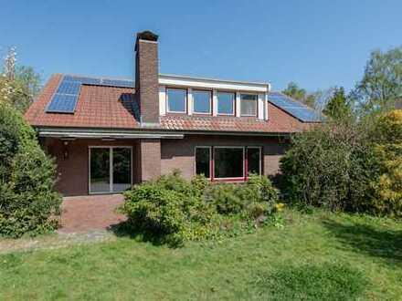 KVBM bietet an: Sehr geräumiges freistehendes Wohnhaus mit Einliegerwohnung an der Vechte