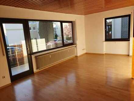 3 ZKB Wohnung in Offenbach mit neuer Einbauküche