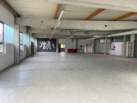 2 Gewerbehallen zur vielfältigen Nutzung in Kellmünz