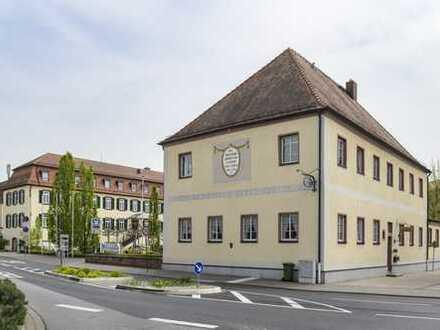 Kleine Büroeinheit im Herrenhaus am Jagdschloss Bickenbach
