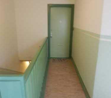 Gepflegte 5-Zimmer-DG-Wohnung mit EBK in Waidmannslust (Reinickendorf), Berlin