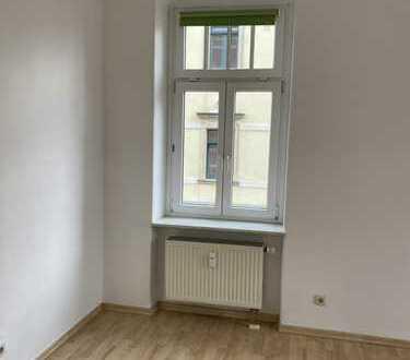 Gepflegte 3-Zimmer-Wohnung mit Einbauküche in Dresden