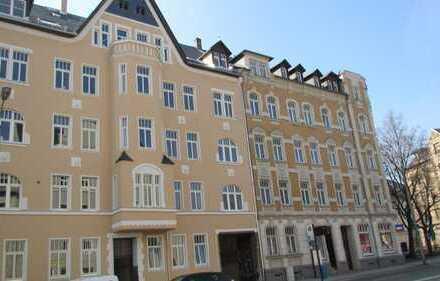 *** Schicke 4-Raumwohnung, mit Balkon, auf dem Schloßberg***