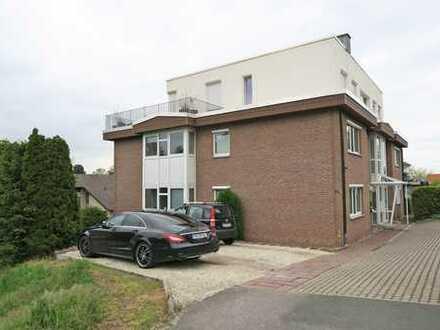 Superschöne Penthouse-Wohnung mit 3 Zimmern, EBK, Gäste-WC und Dachterrasse in B.O.-Süd