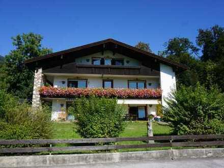 Komfortable 4 Zimmerwohnung mit herrlichem Bergblick