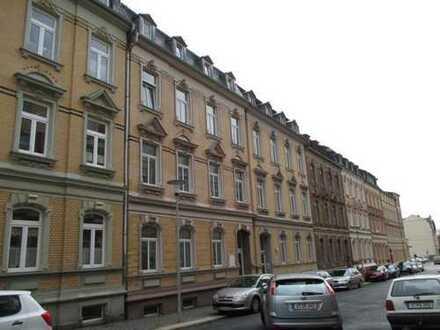1 Zimmer-Apartment mit Balkon und Einbauküche in Plauen (Haselbrunn)