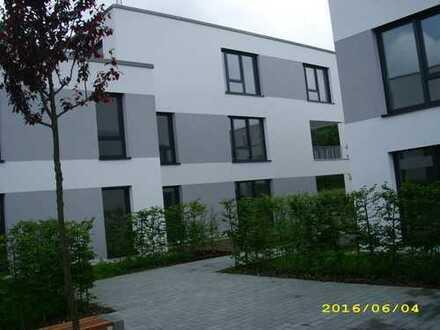 Lichtdurchfluteter, eleganter Wohntraum in bester, grüner, zentraler Wohnlage Ingolstadts