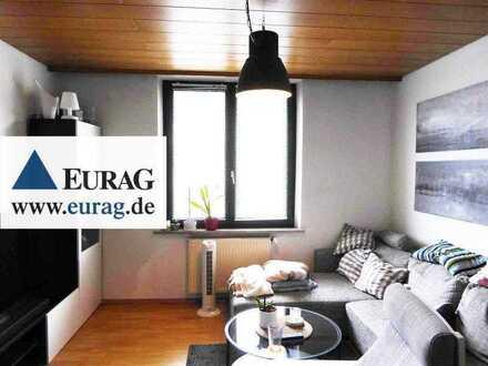 Fü-Südstadt: Charmante 2-Zi-Whg. (3. OG o. L.), EBK opt., Tageslichtbad, sep. WC, Balkon