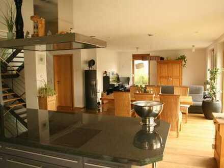 Naturnah, komfortabel leben in wunderschönem Haus, Ortsrandlage Obergrombach