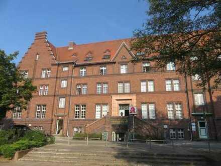 Praxis- o. Bürofläche im Baudenkmal in Potsdam-Babelsberg zu vermieten