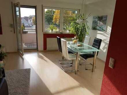 Exklusive, modernisierte 3,5-Zimmer-Wohnung mit Balkon und Einbauküche in Leutenbach