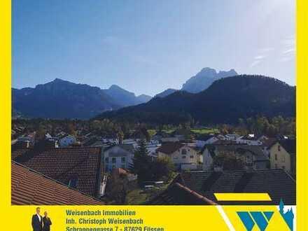 Traumwohnung mit unverbaubarem Berg- und Schlossblick