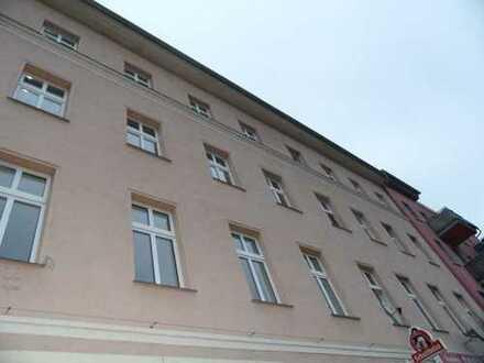 +++ VIEL PLATZ FÜR IHRE EINRICHTUNGSIDEEN +++ Voll renovierte Wohnung sucht angenehme Mieter
