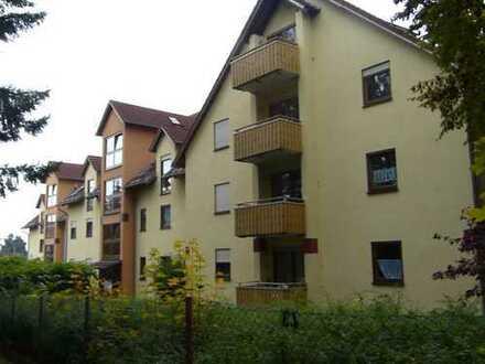 Schöne drei Zimmer DG-Wohnung in Schwandorf (Kreis), Burglengenfeld