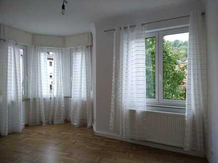 Vollständig renovierte 3-Raum-Wohnung mit Einbauküche in Stuttgart-Wangen