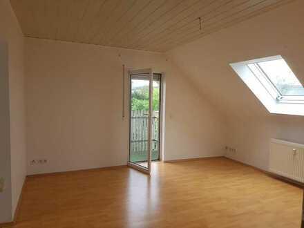 Helle 3 Zimmer Wohnung mit Balkon in Freigericht Somborn