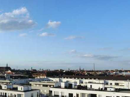 Exklusive aussichtsreiche 3-Zimmer-DG-Wohnung mit Balkon und EBK in München - Obergiesing