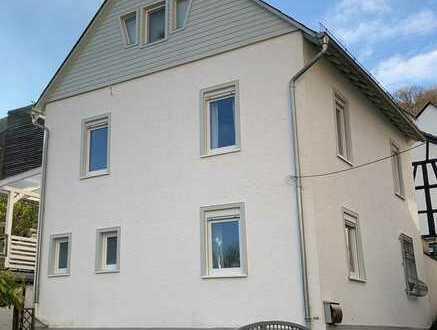 Saniertes EFH mit charmantem Hof und 2 Terrassen  in ruhiger Lage von Martinsthal