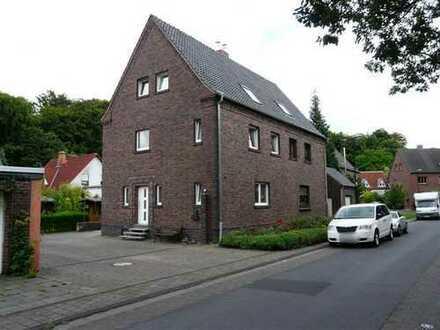 Doppelhaushälfte in Kerpen, 2012 kernsaniert, in ruhiger Wohngegend!