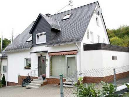 Mehrparteienhaus im Herzen von Niederdresselndorf