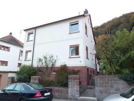 Gepflegte 5-Raum-Dachgeschosswohnung mit Terrasse in Lambrecht (Pfalz)