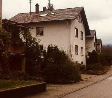 Freundliche 6-Zimmer-Wohnung in Gernsbach - neu renoviert - hochwertig