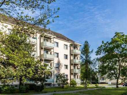 Zauberhafte 4-Raum-Wohnung mit modernem Wannenbad und großem Balkon