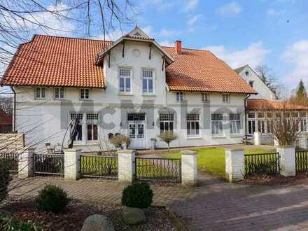 Vollst. verm. repräsentatives Landhaus im Ortskern von Hahn-Lehmden mit 5 WE