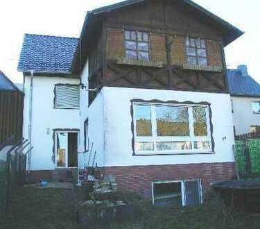 FAID bei COCHEM EFH 6 Zimmer mit Anbau Scheune Loggia kleinem Hof und umzäunten Garten