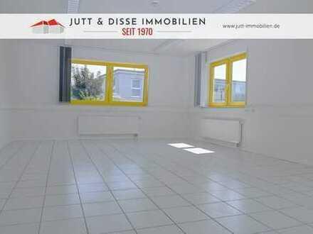 Repräsentative Bürofläche mit 4 Einzelbüros und Stellplätzen in guter Lage von Hügelsheim