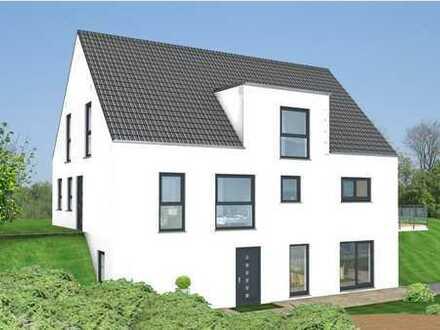 Mehrgenerationshaus in Glattbach in einer ruhigen Nebenstraße mit großem Grundstück