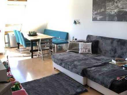 Schöne 4,5 Zi. Maisonette Wohnung mit Blick ins Grüne von Neckartailfingen