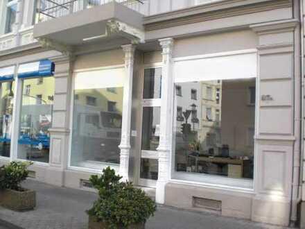 Repräsentative Büro-Fläche mit gr.Schaufenster in saniertem Jugendstilgebäude in südl.Vorstadt !