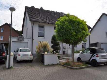 Schöne, geräumige Doppelhaushälfte mit großer Garage in Dortmund-Aplerbeck