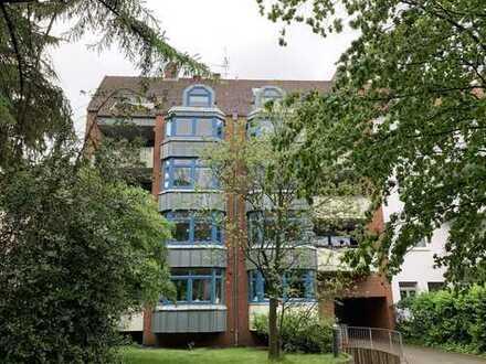 RUDNICK bietet WOHNTRAUM: Schöne 3,5-Zimmer Wohnung mit Lift in H.-Kleefeld