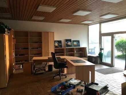 Büro in guter lage mit 4 Stellplätzen, Lagerraum, 116qm