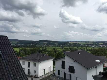 Neubau Erstbezug 3-Zimmer-DG-Wohnung mit Balkon in Wächtersbach