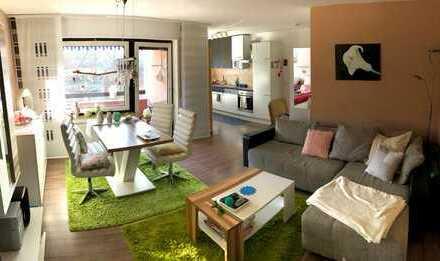 Gepflegte Wohnung mit zwei Zimmern, Südbalkon, EBK, Tiefgarage in Heubach