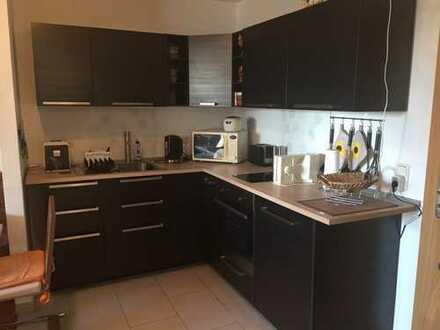 Klein aber fein mit Terrasse und modernem Badezimmer + Küche zum Abkauf!