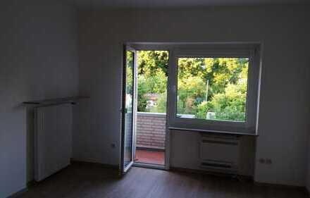 Exklusive, sanierte 3-Zimmer-Wohnung mit Balkon und EBK in Neuehrenfeld, Köln