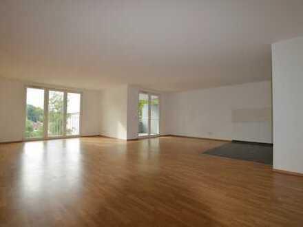 Großzügige 4-Zimmer-Wohnung in ruhiger Waldlage.