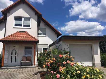 Gepflegte 1-Zimmer-Wohnung mit Einbauküche in Sinzheim- Müllhofen an NR