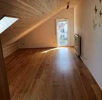 Neugründung WG ab Januar - 5 Zimmer von 10,5m² bis 26,5m² an Studierende zu vermieten Mit Küche