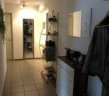 Familienfreundliche 3-Zimmer-Wohnung mit Balkon in Köln Holweide