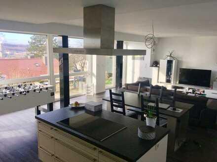 Moderne, geräumige 2-Zimmer-Wohnung in Altbach