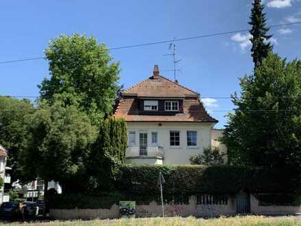 Freistehende Altbauvilla in 1A Lage in Mainz-Oberstadt