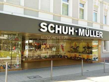 Einzelhandels-, Dienstleistungs- oder Praxisflächen mit hervorragender Sichtbarkeit und Anbindung